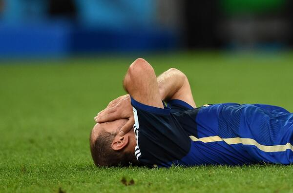 FIFAWorldCup:  Mascherano: #ARG midfielder describes his 'immense pain' at #WorldCup Final